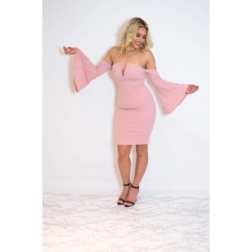 Pinky offshoulder flair dress