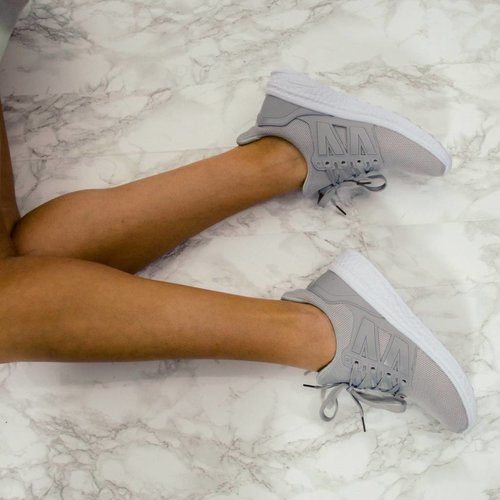 Perfect grey runners
