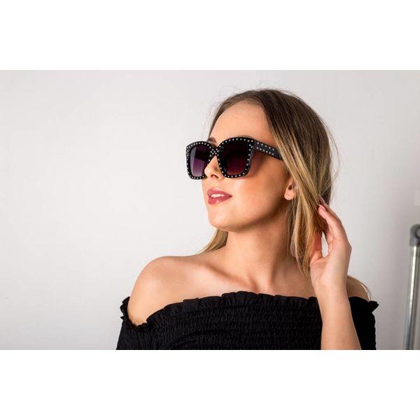 Khloe sunglasses studs