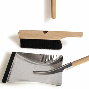 side by side Brush & Dustpan