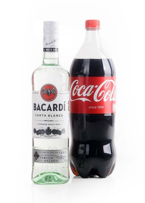 bacardi cola tytön pillua