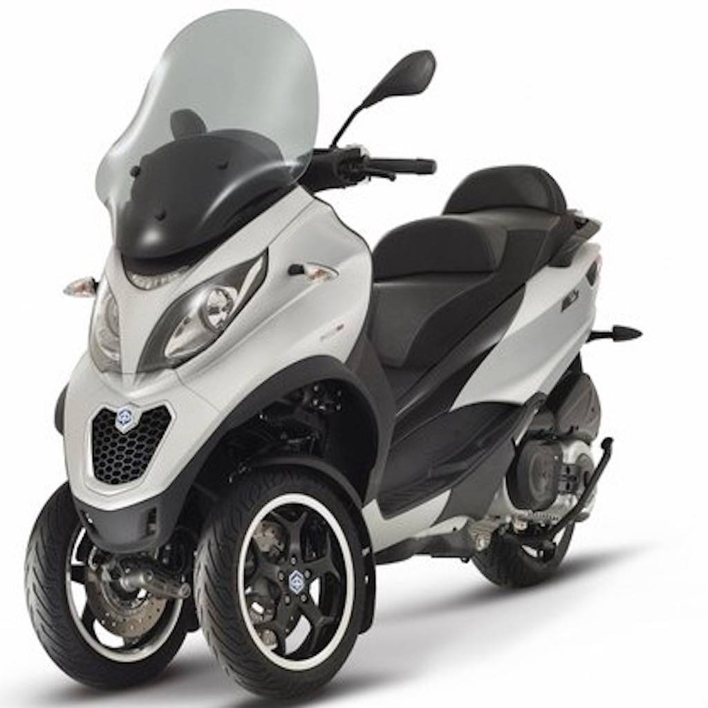 mp3 500ie sport piaggio scooter from scooter specialist n. Black Bedroom Furniture Sets. Home Design Ideas