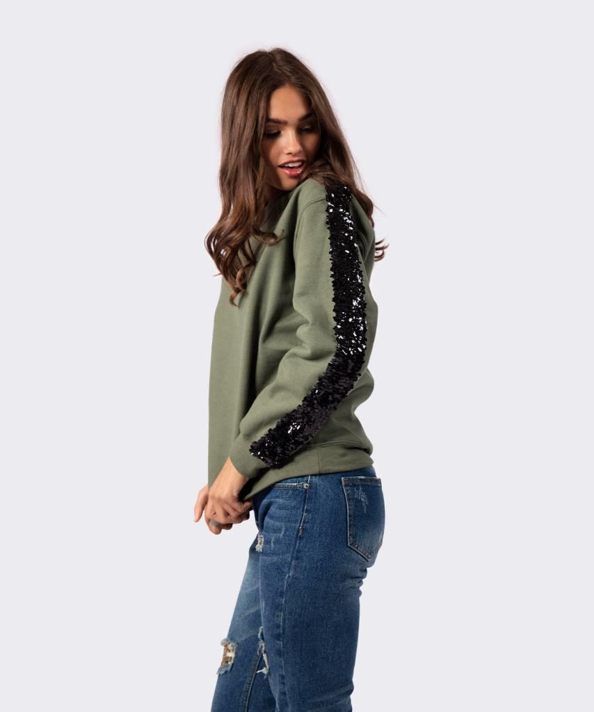 Basic L&M Sweater Khaki Big Black - Lewis & Melly