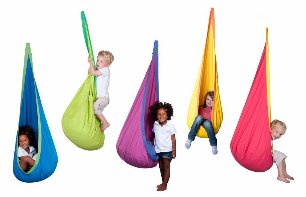 Hangstoel Joki: kleurrijk kraaiennest voor kinderen!