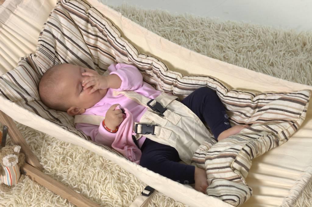 Hoe wiegen je baby beter laat slapen