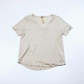 ESSENTIALS BEIGE T-SHIRT l ESSENTIALS | maat XL