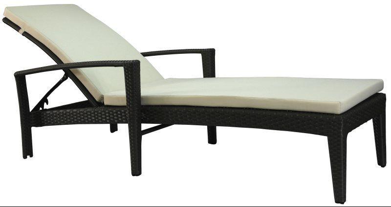 Fidji Chaise Lounge (Arms) with Sunbrella