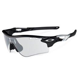 Oakley OAKLEY PHOTOCHROMIC RADARLOCK䋢 PATH polished black / clear iridium photochromic activated