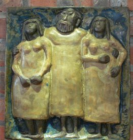 WALL PLAQUE OF HAPPY MAN WITH TWO PRETTY LADIES