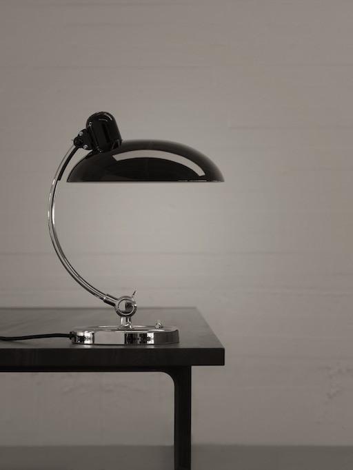 FRITZ HANSEN 6631 KAISER IDELL LUXUS TABLE LAMP IN HAND-PAINTED HIGH GLOSS BLACK SHADE