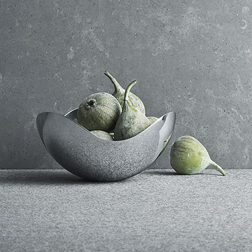 GEORG JENSEN BLOOM BOWL, PETIT, IN MIRROR-FINISHED STAINLESS STEEL, ∅16 | H7.5 CM