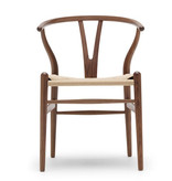 CH24 WISHBONE CHAIR IN WALNUT