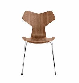 3130 GRAND PRIX STACKABLE 核桃色椅