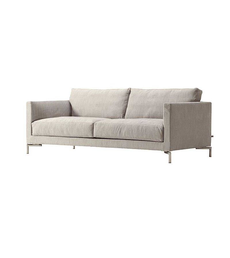 (DISPLAY) MISSION SOFA, UPHOLSTERED IN #07 TANGENT FABRIC ...