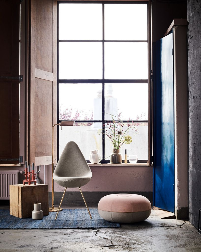 FRITZ HANSEN POUF-60TH ANNIVERSARY LIMITED EDITION