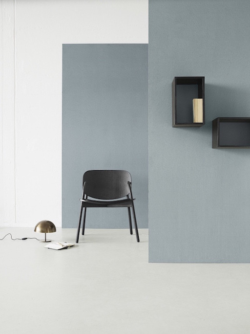 (DISPLAY) CLOUDY DINING CHAIR WITH BLACK LEATHER SEAT