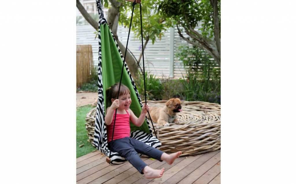 Hippe kinder hangstoel met dierenprint