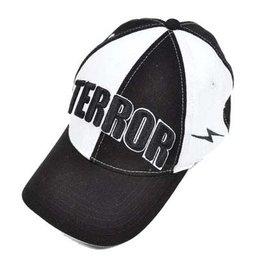 Terror Terror cap Black&White