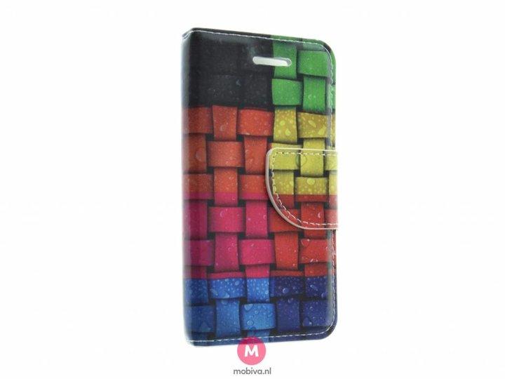 Mobiva iPhone 5/5S/SE Mobiva Book Case Rainbow Colors