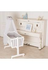 Babywiege in weiß, mit Schwenkfunktion