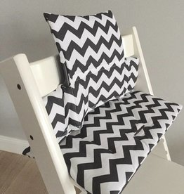 "Highchair Cushion ""Chevron Black"" for Stokke Tripp Trapp"