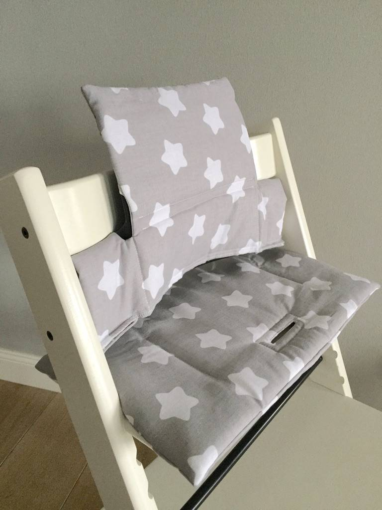 coussin petites toiles gris pour chaise haute stokke tripp trapp puckdaddy pu riculture. Black Bedroom Furniture Sets. Home Design Ideas