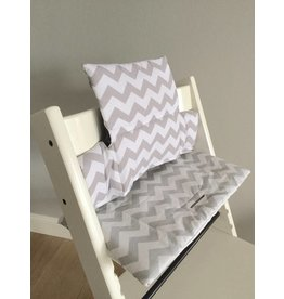 "Highchair Cushion ""Chevron grey"" for Stokke Tripp Trapp"