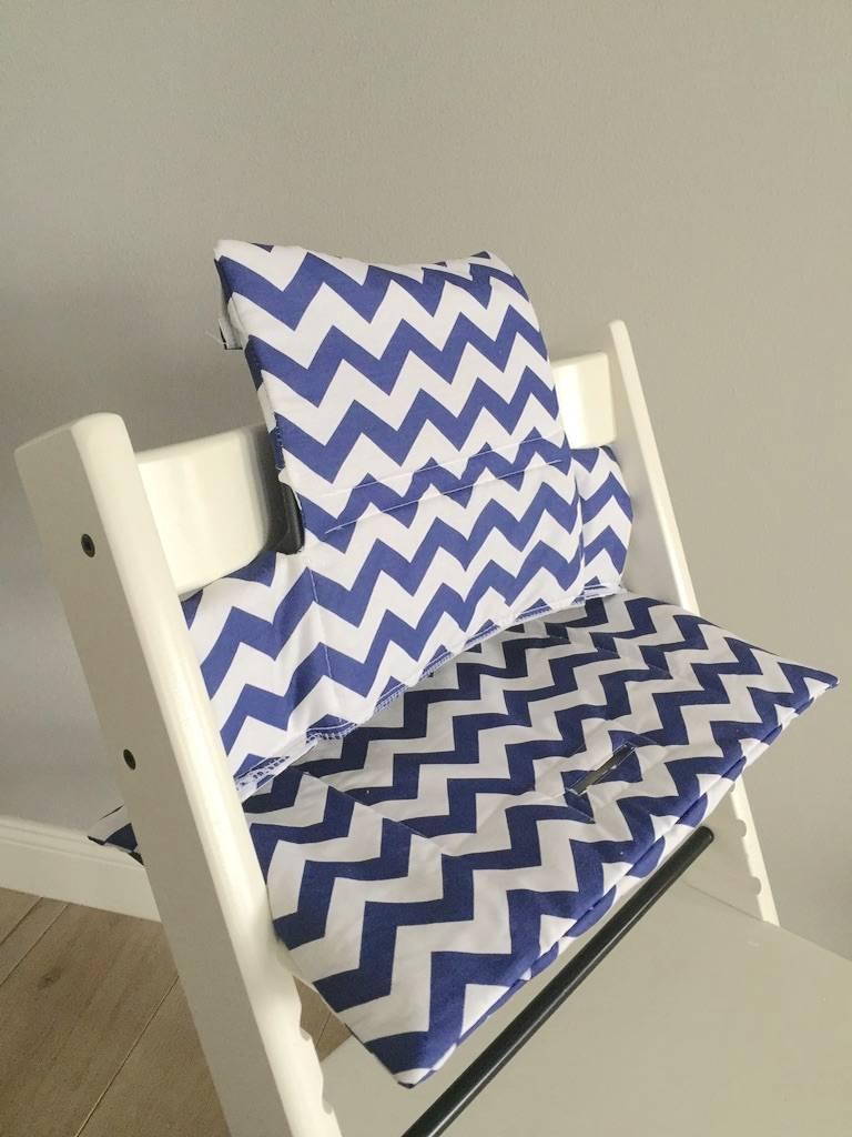 """Coussin """"Chevron bleu"""" pour chaise haute Stokke Tripp Trapp"""