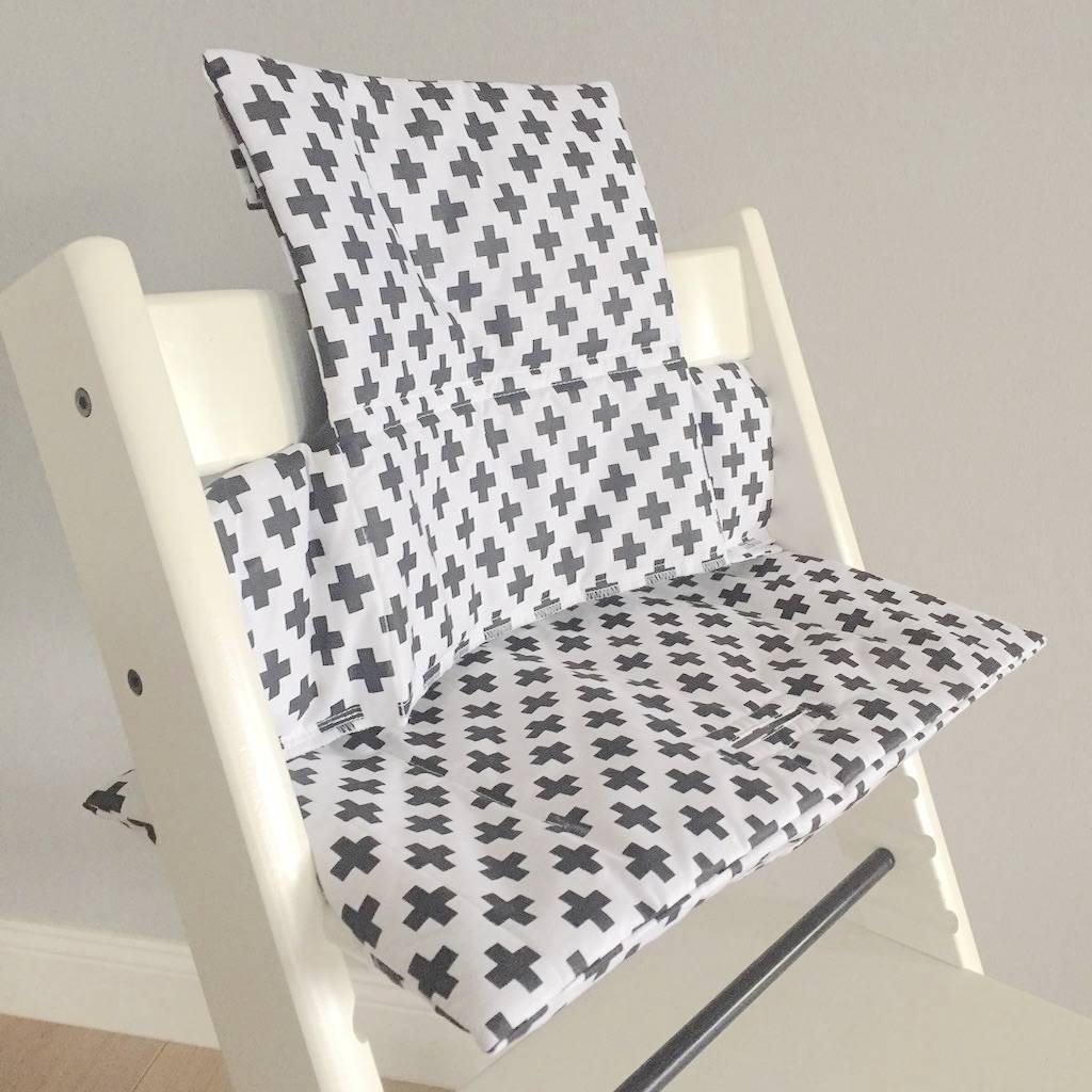coussin croix noir blanc pour chaise haute stokke tripp trapp puckdaddy pu riculture et. Black Bedroom Furniture Sets. Home Design Ideas