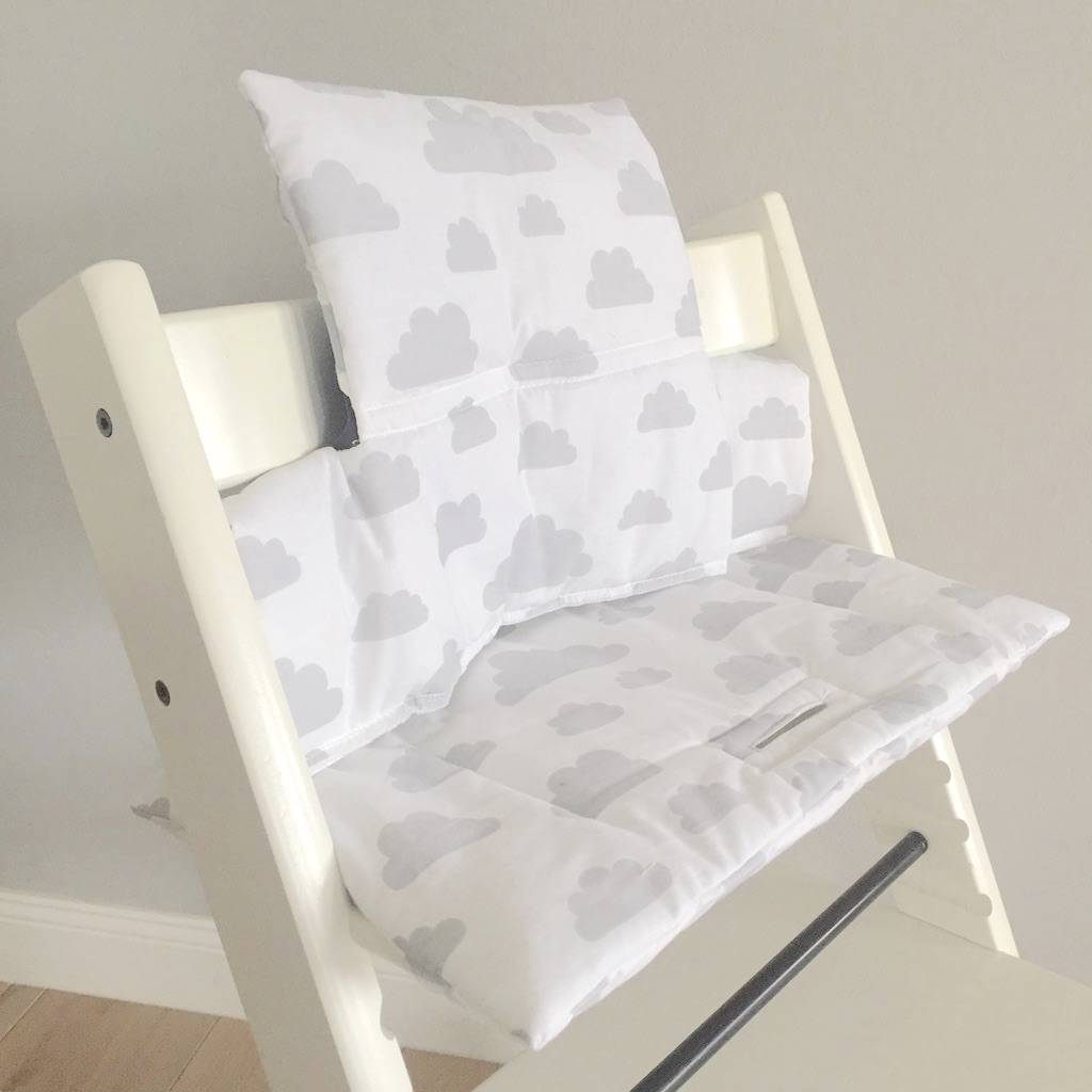 highchair cushion clouds white for stokke tripp trapp puckdaddy puckdaddy nursery. Black Bedroom Furniture Sets. Home Design Ideas