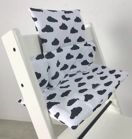 """Coussin """"nuages noir"""" pour chaise haute Stokke Tripp Trapp"""