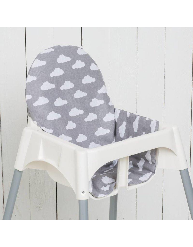 """coussin """"nuages gris"""" pour chaise haute antilop de ikea - puckdaddy"""