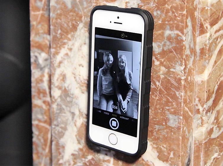 Sticky Selfie Case nu ook voor iPhone 7 en Galaxy S7