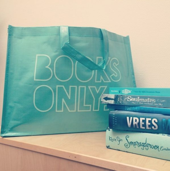 Blossom Shopper: Books only