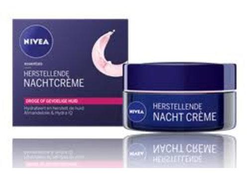 Nivea Visage Essentials Nachtcreme Dr/Gv