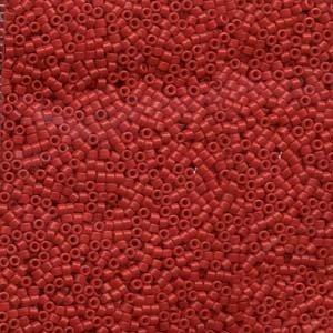 Miyuki delica kralen 11/0 Dyed Opaque Red (7,2 gr)