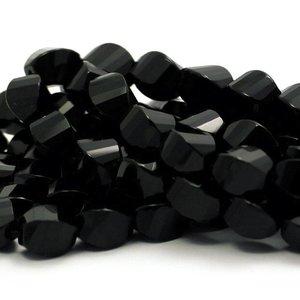 Onyx kralen facet gedraaid ca. 8x12 mm (streng)