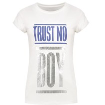 Wit t-shirt Trust No Boy