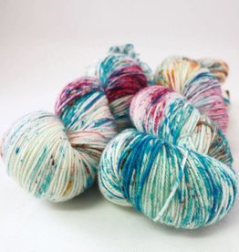 Madelinetosh TWIST LIGHT - VIDEO BABY