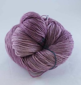 Madelinetosh TOSH MERINO LIGHT - SUGAR PLUM