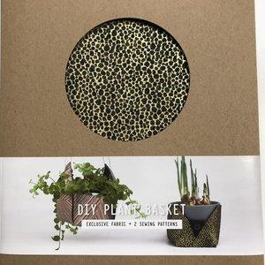 DIYpakket - Lotte Martens - Plant Holder Liri Felt Black