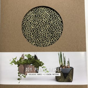 Lotte Martens - DIYpakket - Lotte Martens - Plant Holder Liri Felt Black