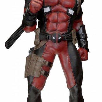 NECA Marvel Classics Life-Size Statue Deadpool