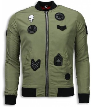 Maximal Abrigos - Bomber Chaquetas Bomber Parches Militares Del Cráneo - Verde