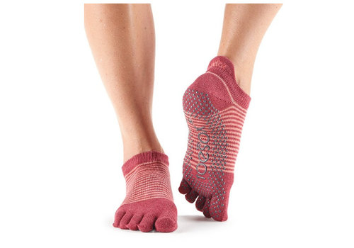 Toesox Low Rise Pomegrate Stripe