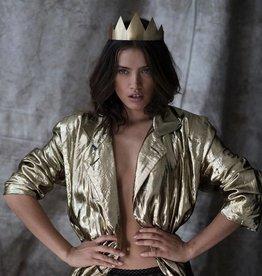 Wild Monarchy Crown The Queen