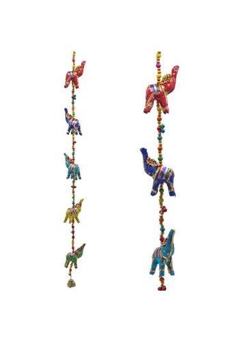 Yogi & yogini Decoratieve slinger stoffen Olifantjes (80 cm)