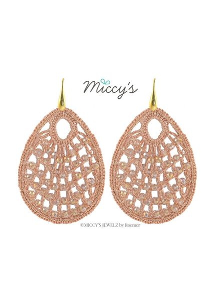 Miccy's Oorhanger crystal, blush crochet drops