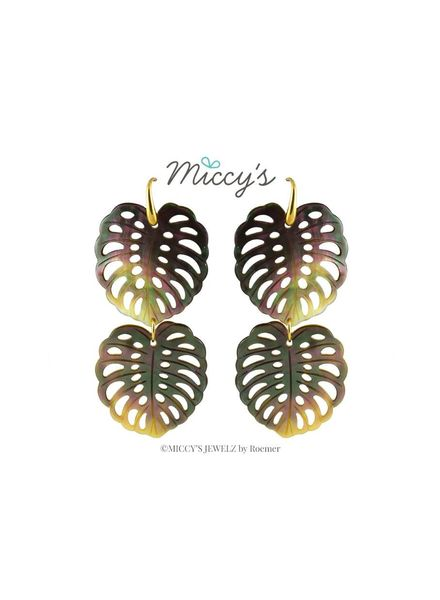Miccy's Oorhanger Shell, grey monstera mop double leaves
