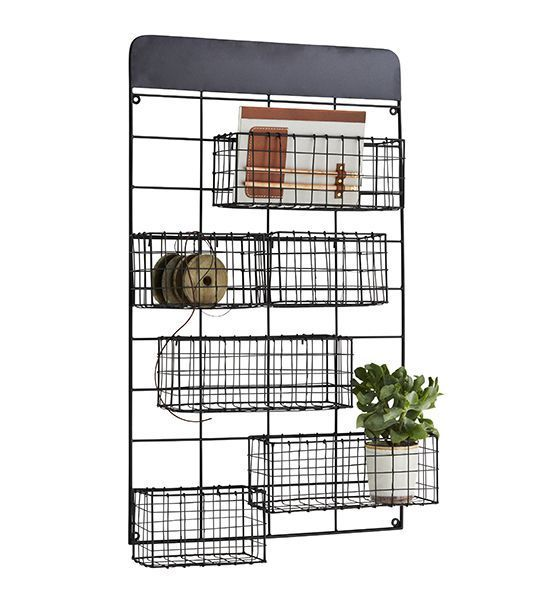 Madam Stoltz Wall Frame with baskets
